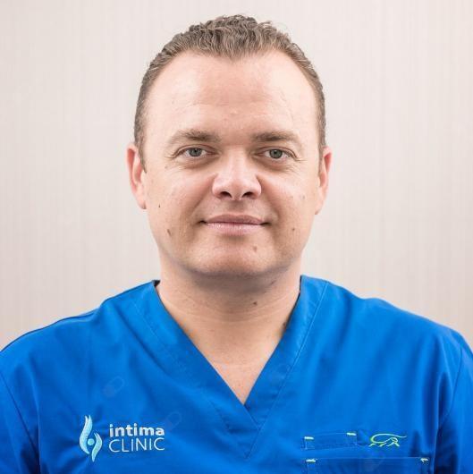 Dr n. med. Tomasz Basta