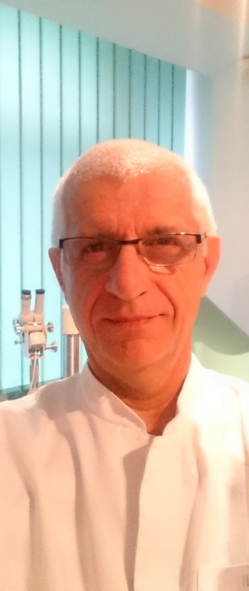 Lek. Jarosław Maj