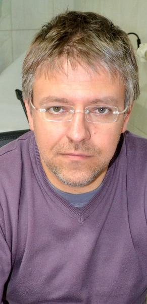 Lek. Daniel Lewczak