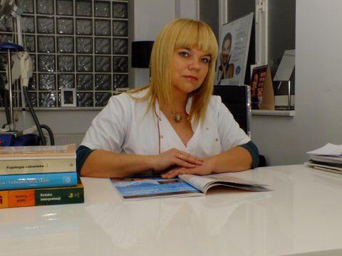Dr n. med. Magdalena Adamiak-Kardas