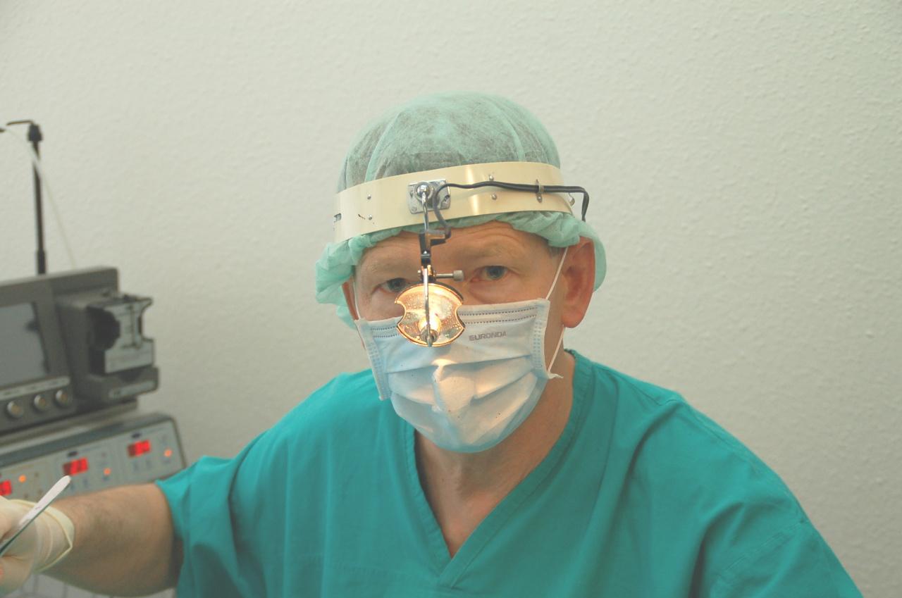 Dr n. med. Krzysztof Jach
