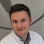 Dr n. med. Maciej Pastuszczak