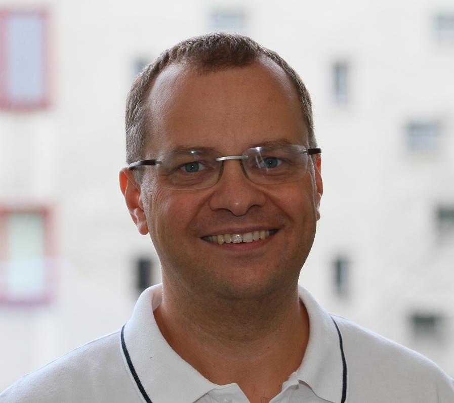 Dr n. med. Maciej Matuszczyk