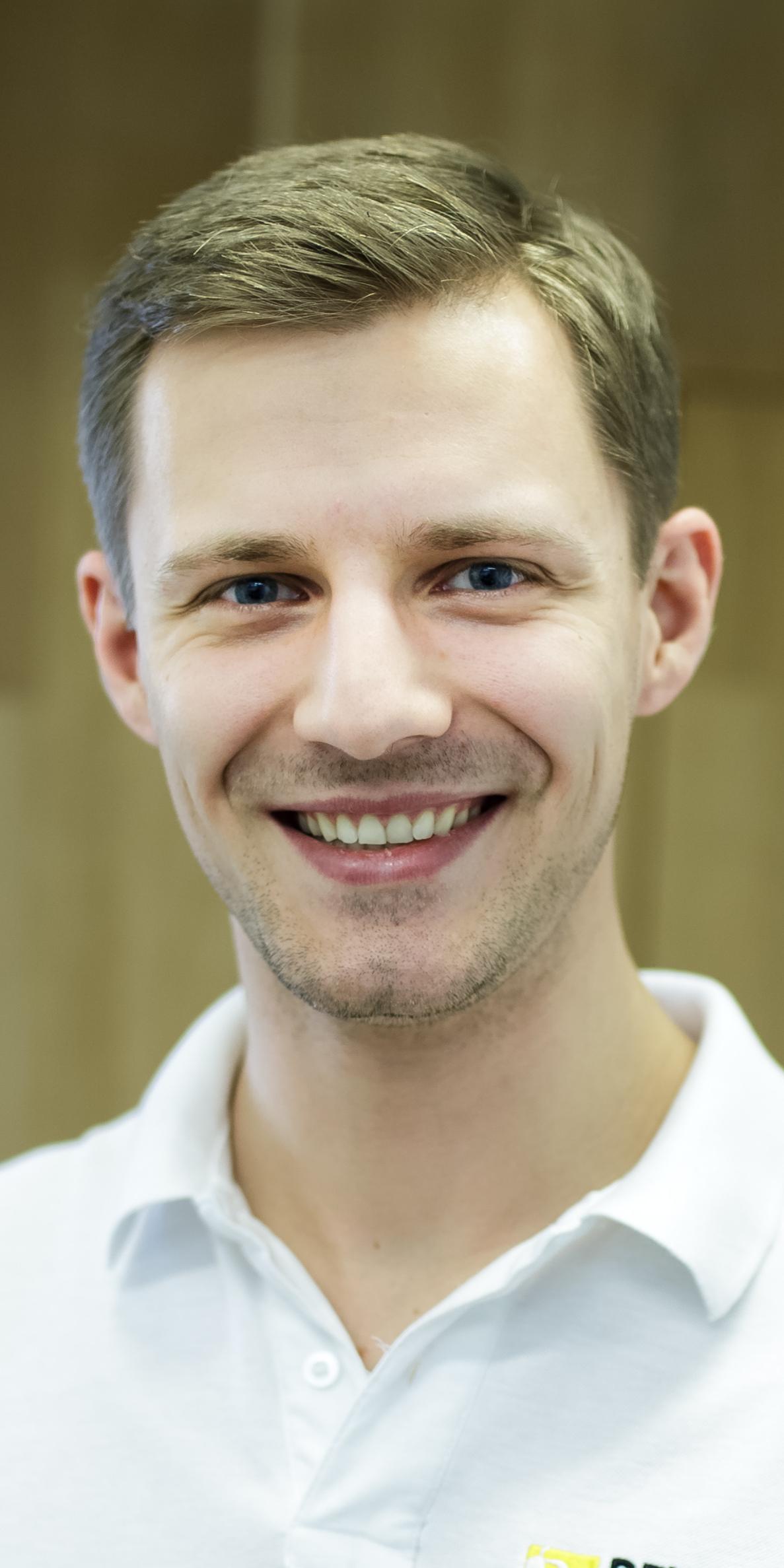 Lek. dent. Tomasz Łukasik